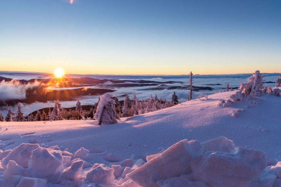 Svítání na Lysé hoře a první sníh – 07. 10. 2016